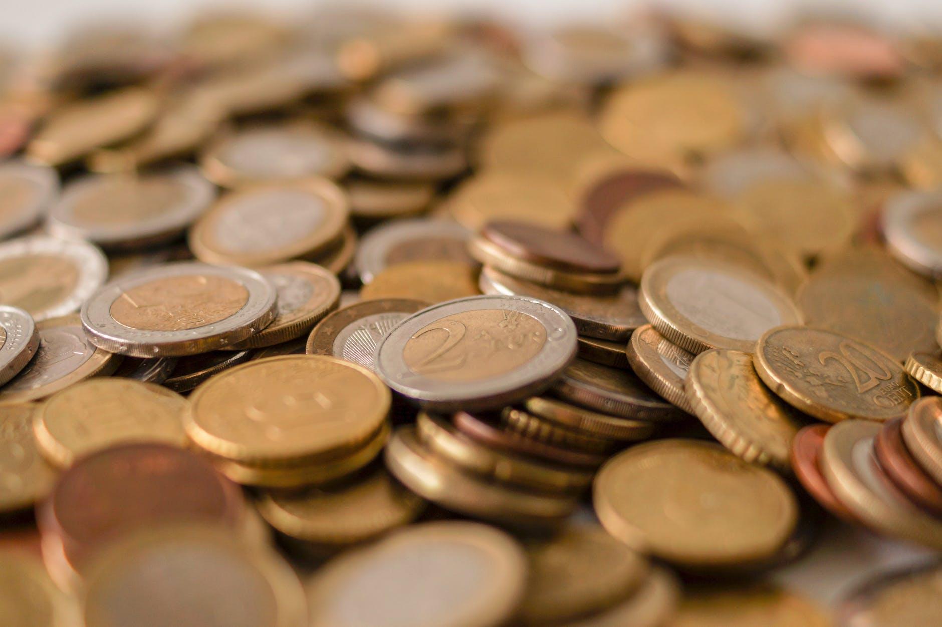 money cash euro pay